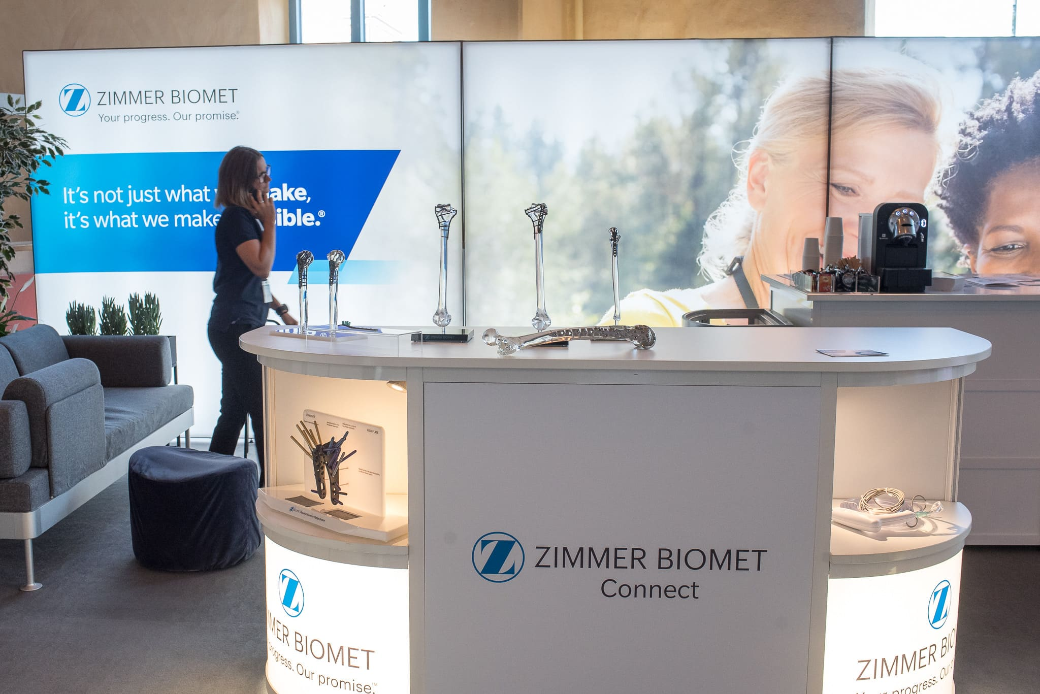 Front Row Exhibitions Monter T3 Montersystem Zimmer Biomet Ortopediveckan 2019